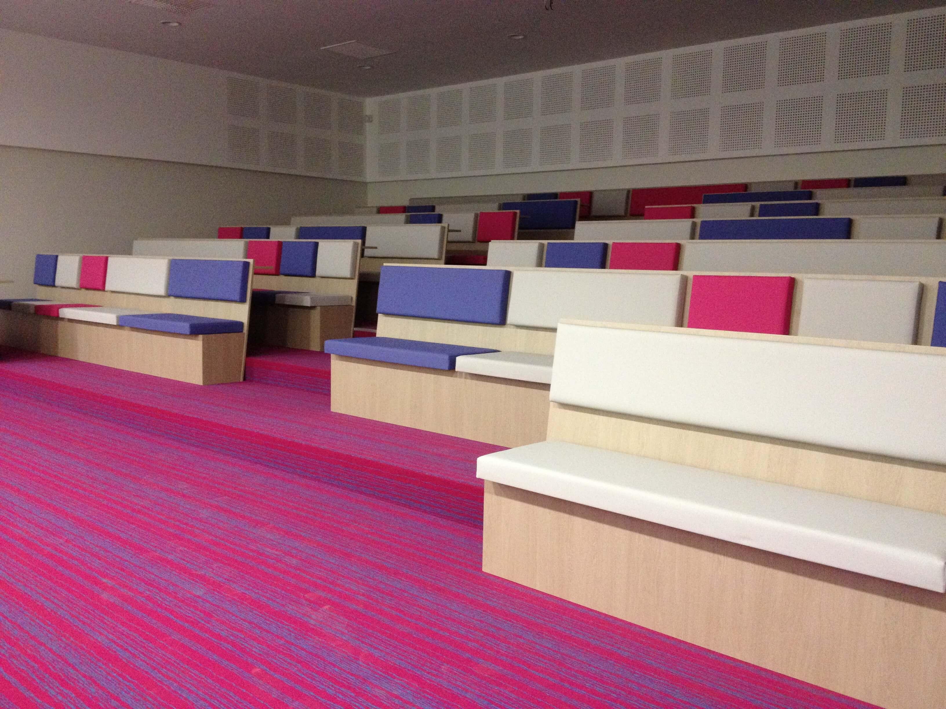Moquette salle de conférence