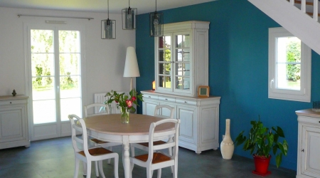 Peinture salle à manger blanc et bleu-vert
